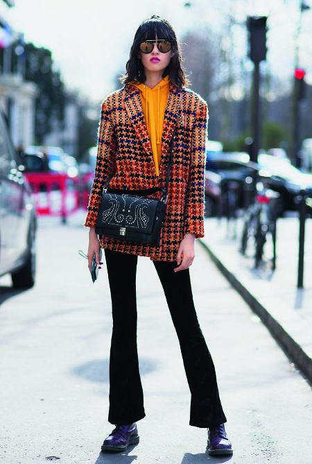 street-style-paris-fashion-week-womenswear-fall-winter-2018-2019-day-nine