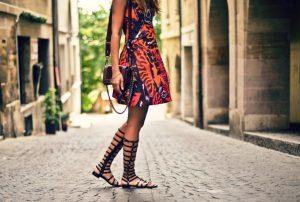 bosonozhki_v_grecheskom_stile_v_chem_otlichie_i_osobennosti_grecheskoj_obuvi_9-300x202-6976579
