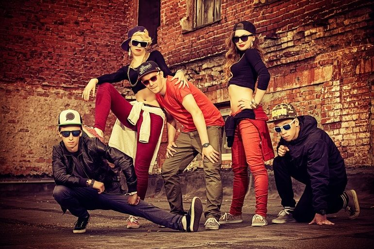 hip-hop-odezhda-min-5359278