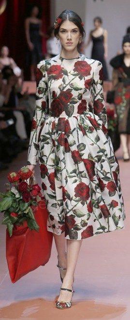 dolce-and-gabbana-winter-2016-women-fashion-show-runway-76-zoom-418x1024-8223956