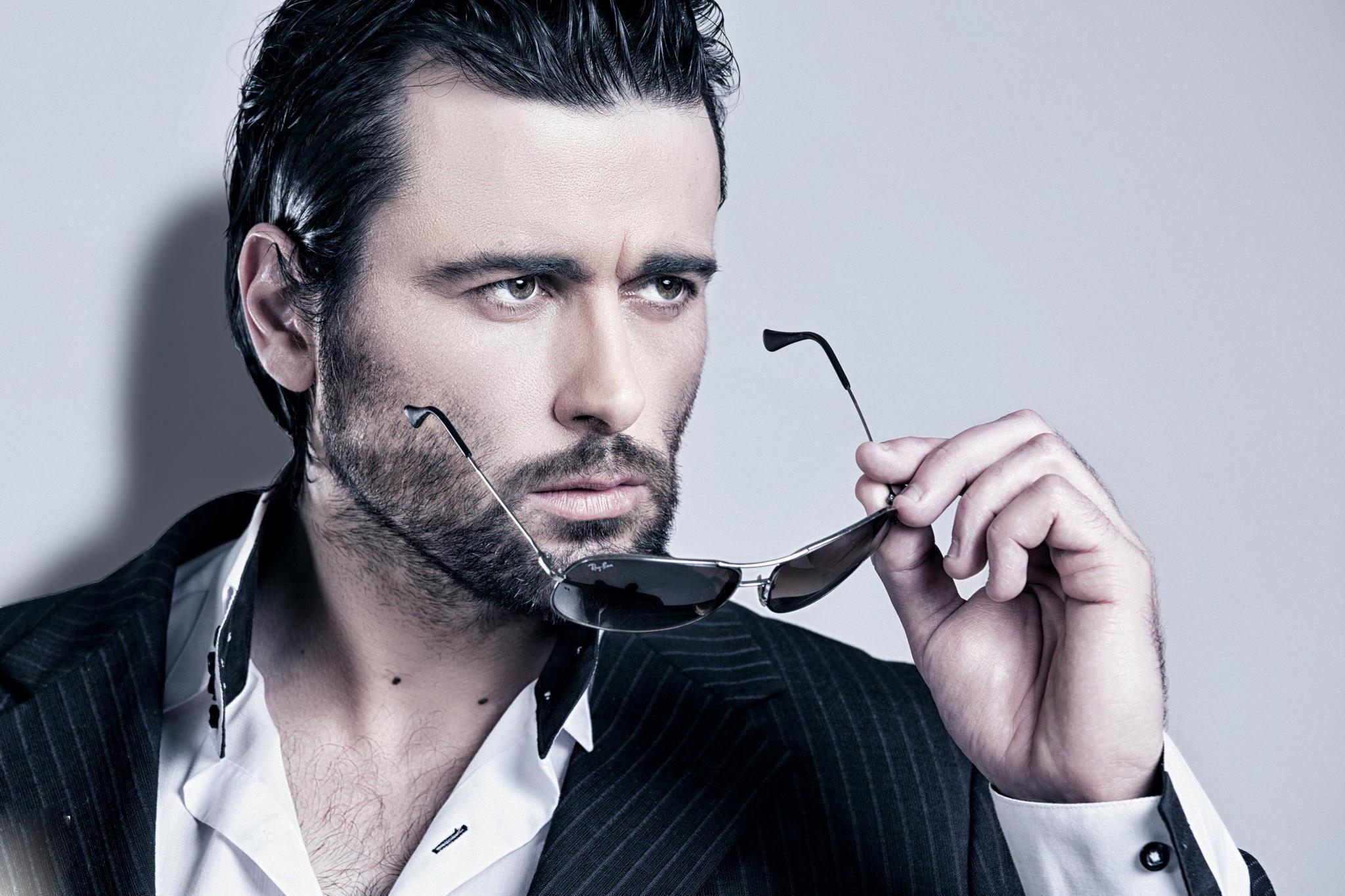 man-photography-fashion-style-beard-yay-ban-gentleman-wallapaper-hd-6156637