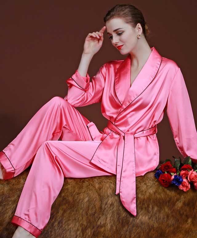 pijama-iz-nejnogo-shelka-1-7729909